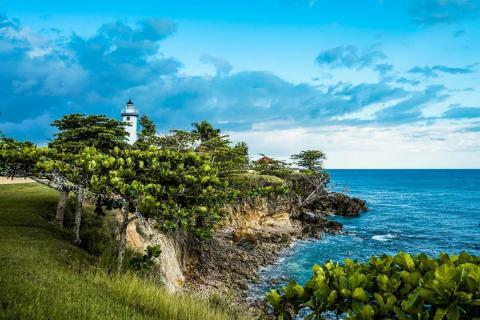 Is Charles Hurwitz betting big on Puerto Rico?